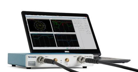 Analyseur de réseaux  vectoriels 100 kHz à 3 GHz   TTR503A
