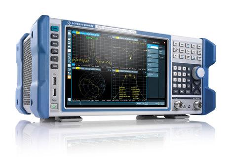 Analyseur de réseaux  vectoriels 1 MHz à 3 GHz   ZNLE3