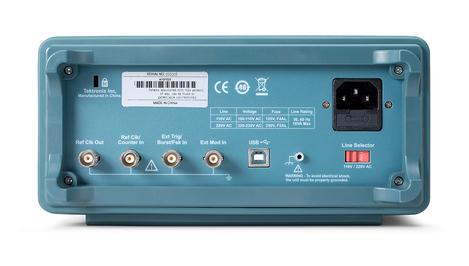 Générateur de fonctions arbitraires 2 voies 25 MHz   AFG1022