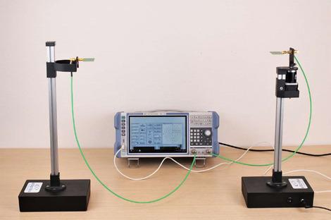 Banc de mesure d'antennes 0-6 GHz   MES01